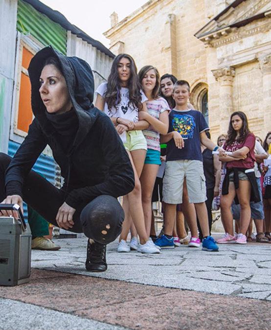 RRRR! Festival d'Art i Reciclatge | TEATRE I MÚSICA: Lost Dog, de Cal y Canto Teatro (Castella Lleó)