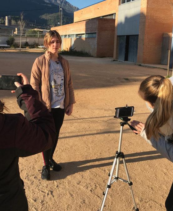WORLD RECYCLING DAY | DOCUMENTARY CINEMA: Accions locals per a combatre el canvi climàtic, de Taronja TICs i alumnes de l'IES Vall de La Safor de Vilallonga