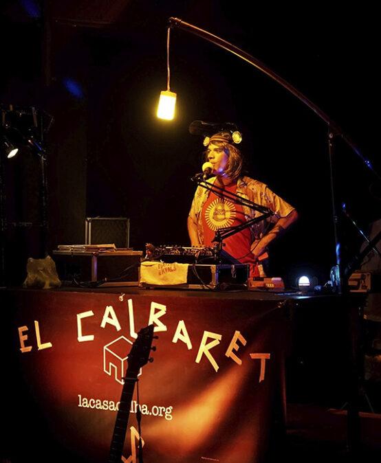 TEATRE DE VARIETATS: EL CALBARET